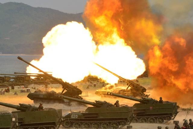 Triều Tiên tập trận kỷ niệm 85 năm thành lập lực lượng quân đội hôm 26/4 (Ảnh: KCNA)