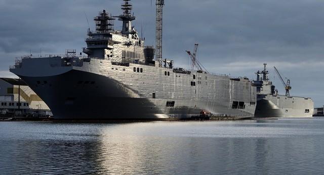 Tàu tấn công đổ bộ Mistral của Pháp. (Ảnh: AFP)
