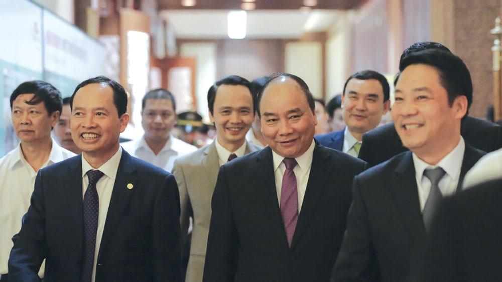 """Thủ tướng Nguyễn Xuân Phúc nhận xét: """"Du lịch nghỉ dưỡng là một lợi thế mà FLC đặc biệt thành công"""" tại Thanh Hóa"""