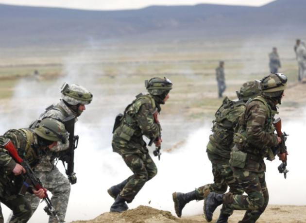 Quân đội Mỹ-Hàn trong một cuộc tập trận chung. (Ảnh: AFP)