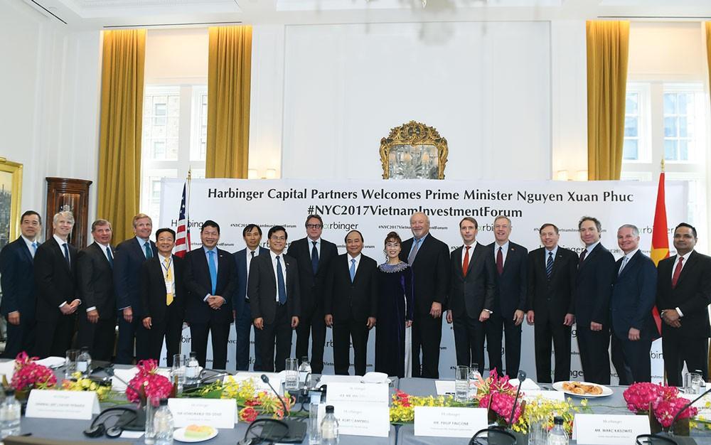 Thủ tướng Nguyễn Xuân Phúc đã tọa đàm với các tập đoàn, doanh nghiệp hàng đầu của Hoa kỳ. Ảnh: Quang Hiếu