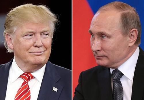 Tổng thống NgaVladimirPutin nói ông trông chờ vào ''một mối quan hệ cá nhân và công việc bình thường'' với ông Donald Trump. Ảnh:RT