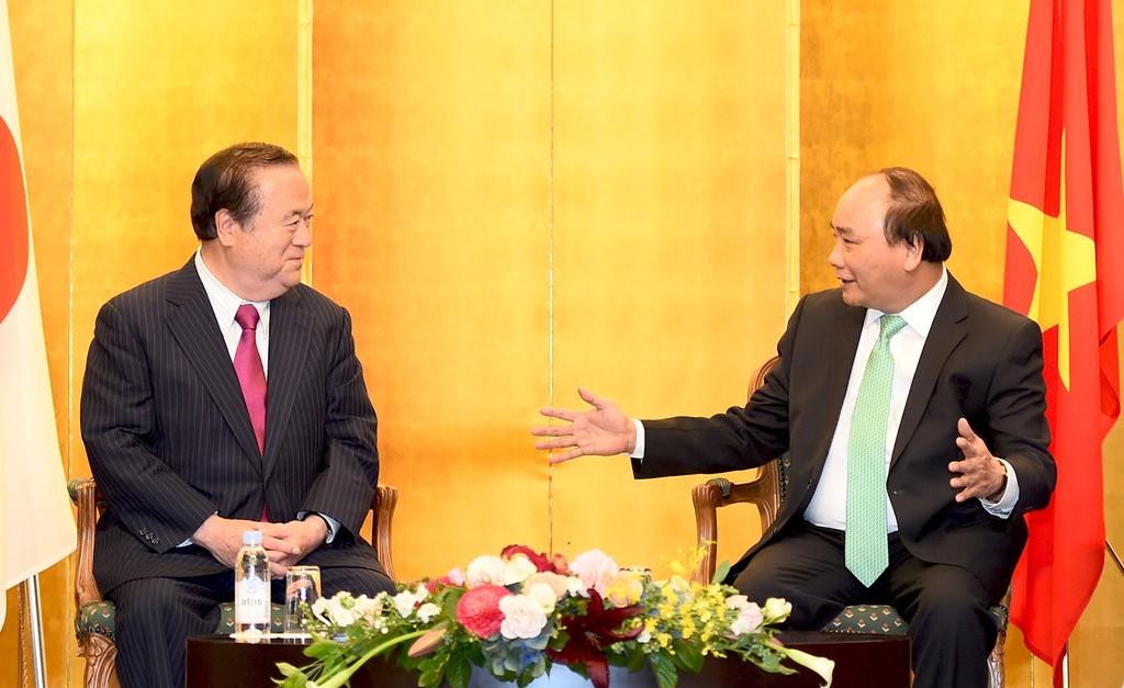 Thủ tướng Nguyễn Xuân Phúcvui mừng với sự hợp tác giữa các địa phương của Việt Nam với tỉnh Ibaraki đang không ngừng mở rộng, đạt tiến triển trên nhiều lĩnh vực. Ảnh: VGP/Quang Hiếu