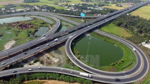 Thực tế, một số đoạn của cao tốc Bắc - Nam đã được xây dựng, đưa vào khai thác (ảnh: TTXVN).