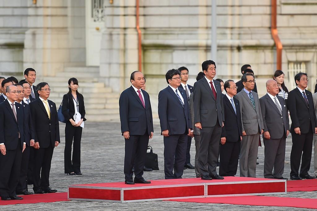 Hình ảnh lễ đón chính thức Thủ tướng Nguyễn Xuân Phúc tại Nhật Bản - ảnh 5
