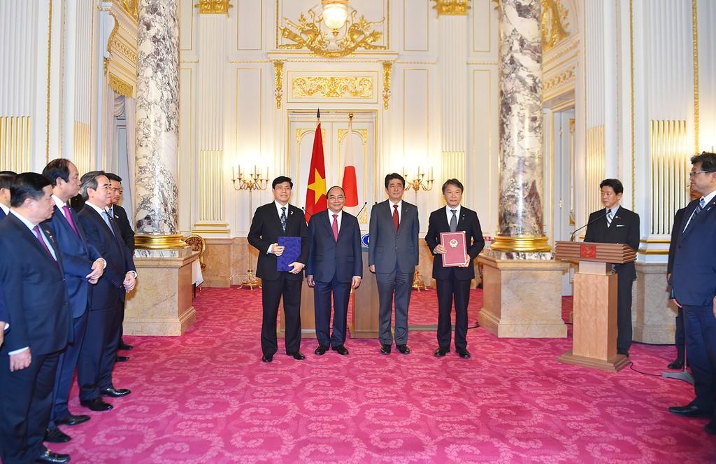 Hai Thủ tướng Việt Nam, Nhật Bản hội đàm - ảnh 3