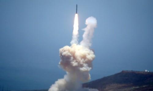 Mỹ thử thành công tên lửa đánh chặn hôm 30/5. Ảnh:NBC News