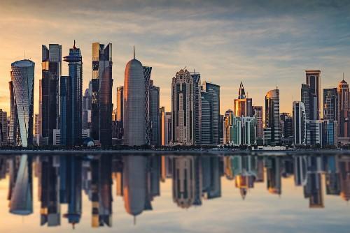 Các tòa nhà chọc trời ở Qatar. Ảnh:arabianbusiness