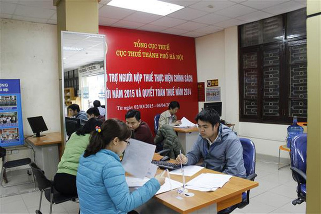 """Cục Thuế Hà Nội tiếp tục """"bêu tên"""" 72 doanh nghiệp nợ thuế, phí và tiền thuê đất."""