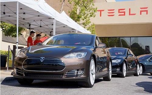 Tesla trở thành nhà sản xuất xe lớn thứ 4 thế giới về vốn hóa - Ảnh: Tesla.