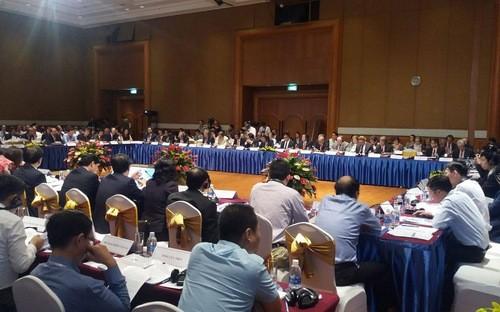 Nhà đầu tư ngoại tiếp tục nêu nhiều kiến nghị tại Diễn đàn Doanh nghiệp Việt Nam giữa kỳ.