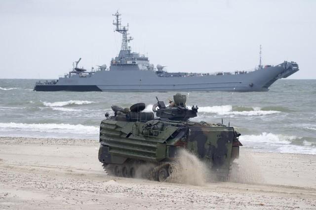 Một tàu chiến tham gia tập trận Baltops năm nay (Ảnh: Alamy)
