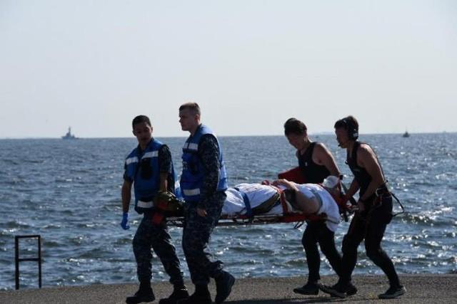 Vụ va chạm khiến 2 thủy thủ Mỹ bị thương.