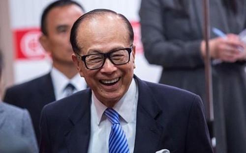 """Ở Hồng Kông, Li Ka-shing được gọi là """"siêu nhân"""" nhờ sự nghiệp kinh doanh lừng lẫy đi từ hai bàn tay trắng - Ảnh: Getty Images."""