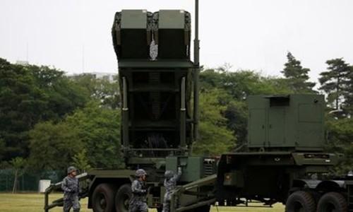 Lực lượng Phòng vệ Nhật Bản triển khai tên lửa PAC-3. Ảnh:Reuters