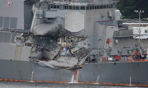 Khu trục hạm bị đâm lộ điểm yếu của tàu chiến Mỹ - ảnh 1