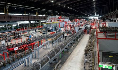 Nơi 14 công nhân làm ra 500.000 tấn thép - ảnh 2