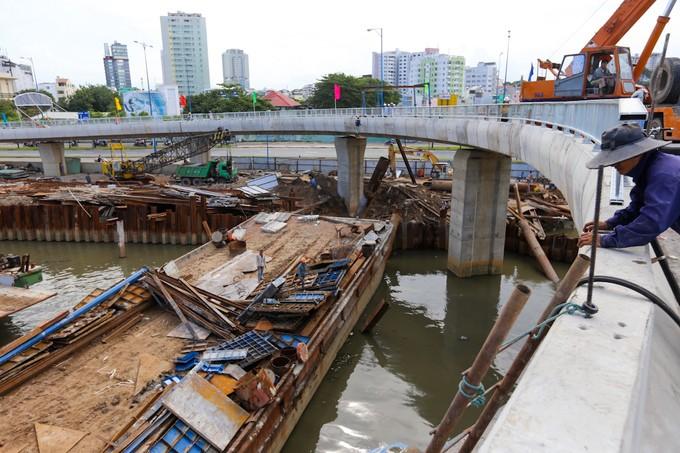 Nhánh cầu vượt chữ S nối đại lộ ở TP HCM xong trước 5 tháng - ảnh 9