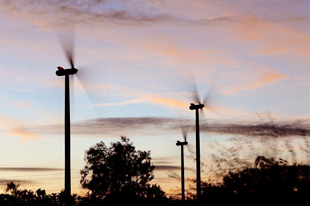 Các dự án năng lượng tái tạo có chi phí đầu tư lớn nên chưa tạo được sức hấp dẫn với nhà đầu tư. Ảnh: Lê Tiên