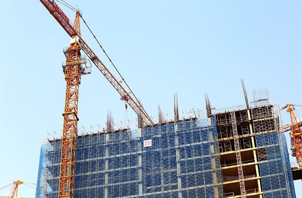 Quy trình cấp, điều chỉnh giấy phép xây dựng được quy định tại Điều 102 Luật Xây dựng rất phức tạp, khó hiểu. Ảnh: Lê Tiên