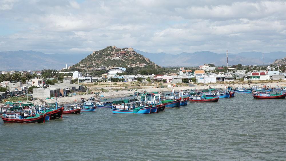 Duyên hải miền Trung có lợi thế to lớn để phát triển kinh tế với tài nguyên du lịch đẳng cấp quốc tế. Ảnh: Lê Tiên