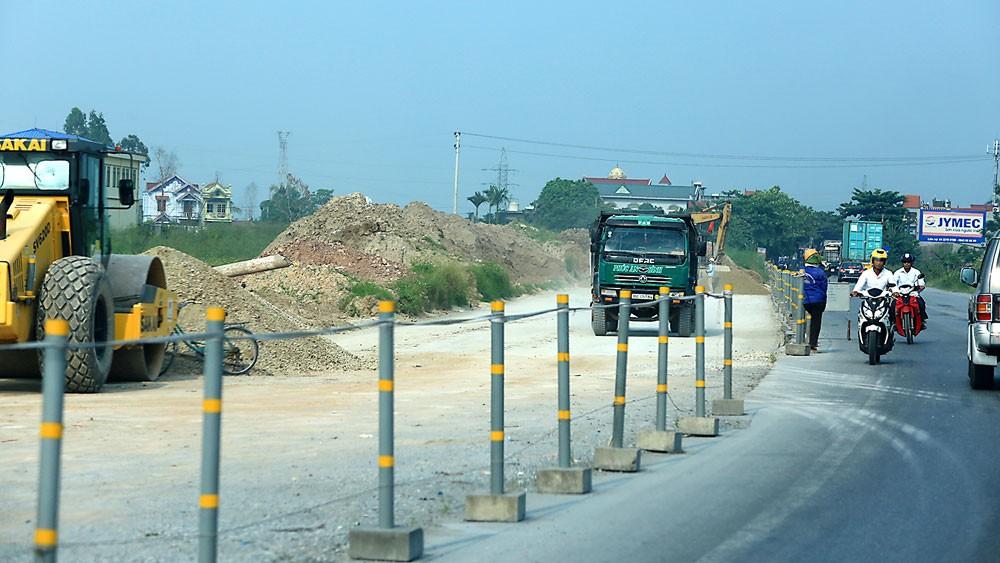 Nguồn thu của Quỹ Bảo trì đường bộ năm 2017 dự kiến là 10.747 tỷ đồng. Ảnh: Lê Tiên