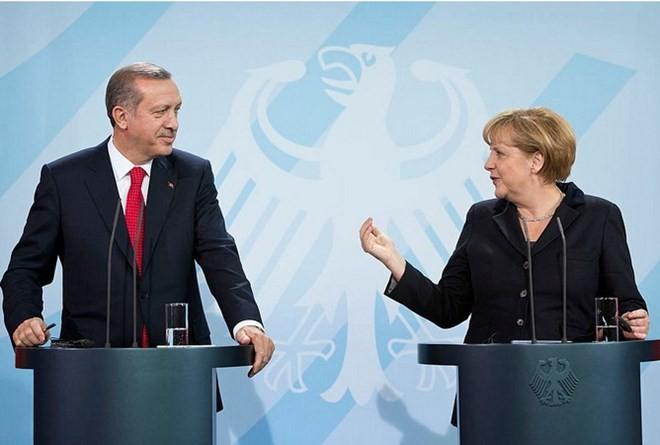 Tổng thống Thổ Nhĩ Kỳ Recep Tayyip Erdogan và Thủ tướng Đức Angela Merkel. (Nguồn: getty images)