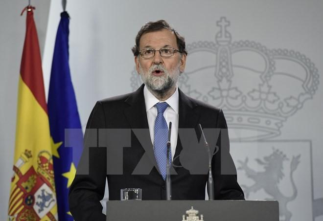 Thủ tướng Tây Ban Nha Mariano Rajoy trong cuộc họp báo ở Barcelona. (Nguồn: AFP/TTXVN)