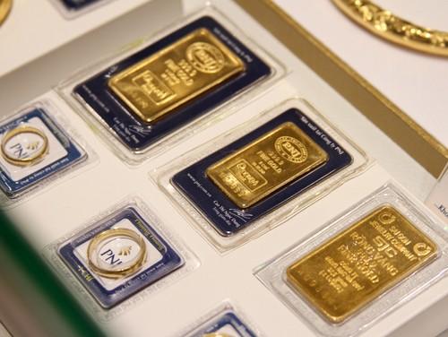 Vàng trong nước vẫn đắt hơn thế giới 1,7 triệu đồng. Ảnh:Hà Mai.