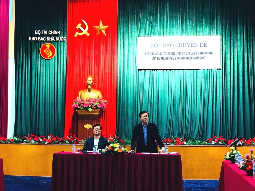 Ông Nguyễn Quang Vinh, Phó Tổng Giám đốc KBNN phát biểu tại họp báo.Ảnh:VGP/Huy Thắng