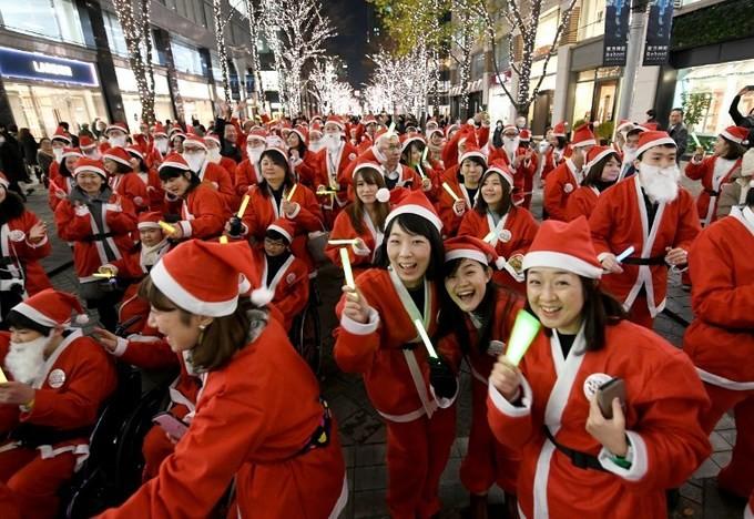 Thế giới tưng bừng đón Giáng sinh - ảnh 5