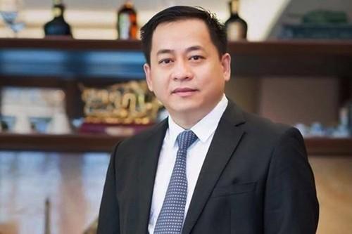Đại gia Vũ 'Nhôm' còn mắc kẹt 637 tỷ đồng tại Ngân hàng Đông Á do quy định không được chuyển nhượng cổ phần.