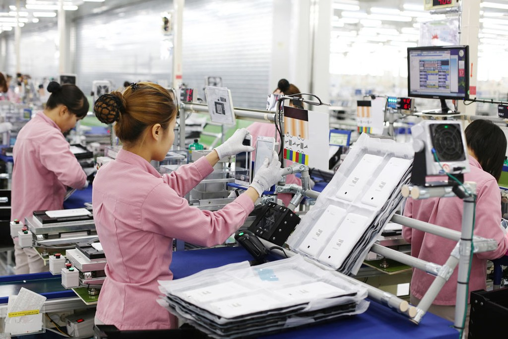 Công nghiệp chế biến, chế tạo năm 2017 có sự đóng góp lớn của doanh nghiệp đầu tư trực tiếp nước ngoài là Samsung. Ảnh: Đức Thanh