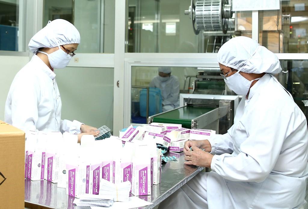 Theo BHXH Việt Nam, việc tổ chức đấu thầu thuốc tập trung có sự phối hợp tham gia của Bộ Y tế và Bộ Tài chính cùng với sự giám sát của A83. Ảnh: Nhã Chi