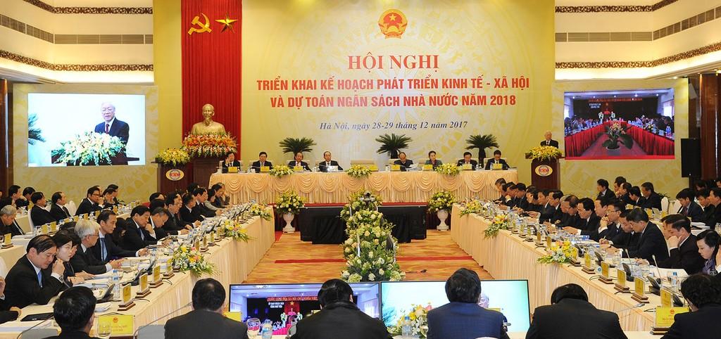 Bước đi của năm 2018 cần nhanh hơn, bởi vì Việt Nam bắt buộc phải phát triển so với chính mình và đuổi theo tốc độ của các nước trong khu vực và thế giới, nếu không muốn tụt hậu. Ảnh: Trần Hải