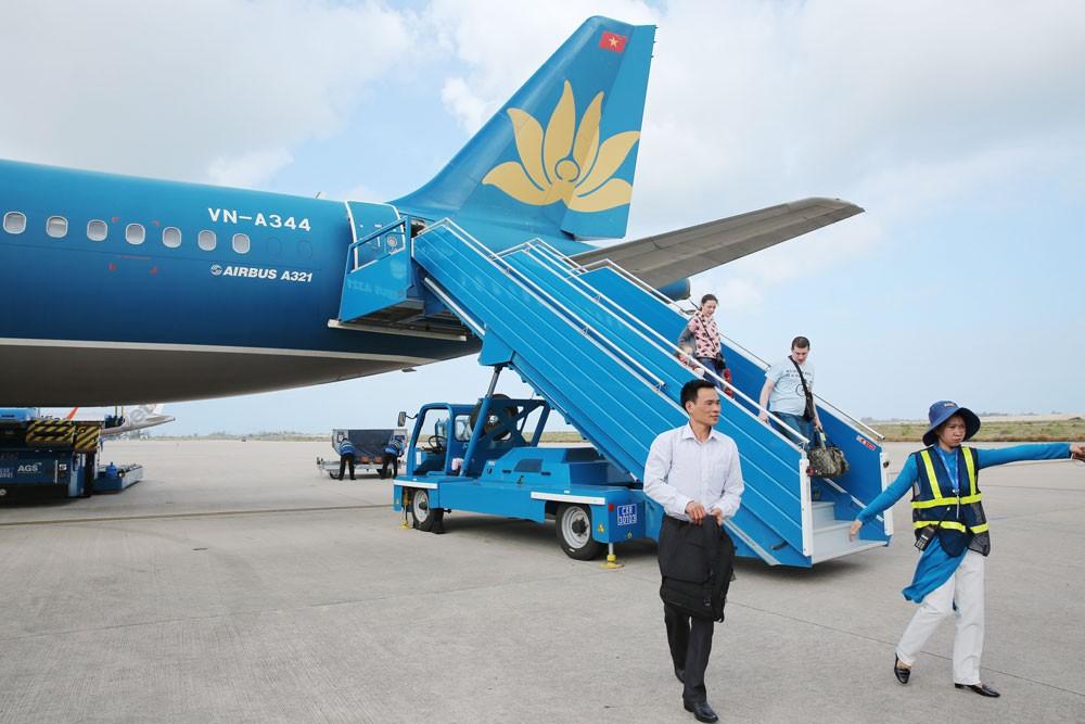 Các hãng hàng không phát triển đường bay quốc tế mới sẽ tạo điều kiện tối đa về giá dịch vụ hàng không. Ảnh: Lê Tiên