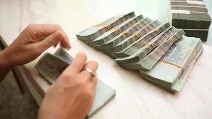 Hàng loạt doanh nghiệp niêm yết bị truy thu thuế tiền tỷ.