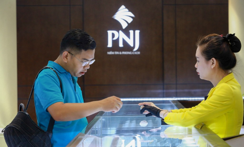Giá vàng SJC tăng vài chục nghìn đồng mỗi lượng trongsáng nay. Ảnh:Thành Nguyễn.