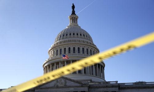 Chính phủ Mỹ bị đóng cửa sau khi quốc hội không thông qua được dự luật ngân sách liên bang. Ảnh:SunTimes.