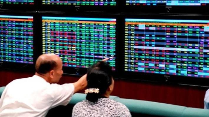 Khối ngoại mua ròng 28.000 tỷ đồng trên thị trường cổ phiếu 2017