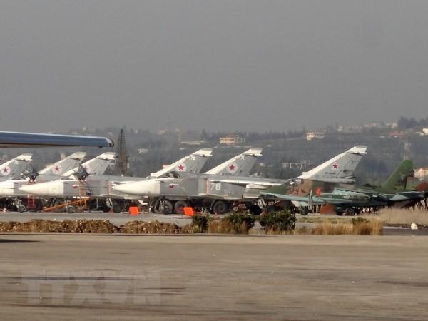 Máy bay của Nga tại căn cứ không quân Hmeimim ở Latakia, Tây Bắc Syria ngày 16/2/2016. (Nguồn: AFP/TTXVN)