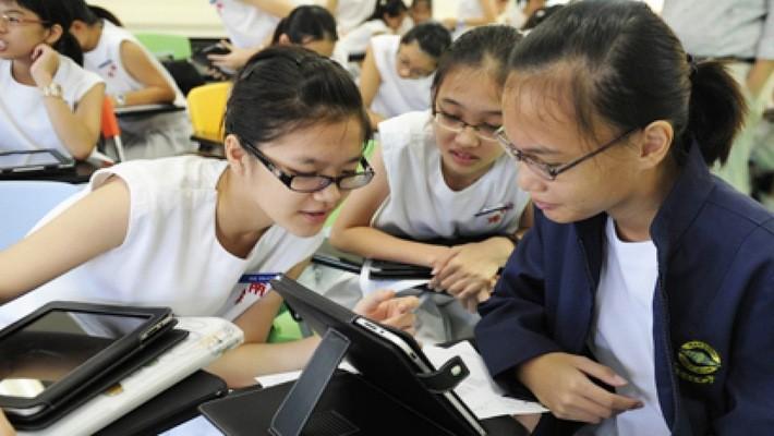 """""""Singapore luôn chú trọng vấn đề giáo dục, nhất là về các môn khoa học, công nghệ, kỹ thuật và toán""""."""