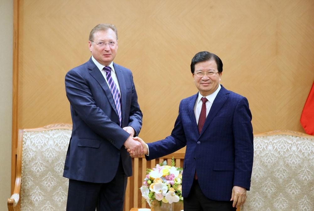 Phó Thủ tướng Trịnh Đình Dũng tiếp Tổng giám đốc Tập đoàn Dầu khí Zarubezhneft. Ảnh: Xuân Tuyến