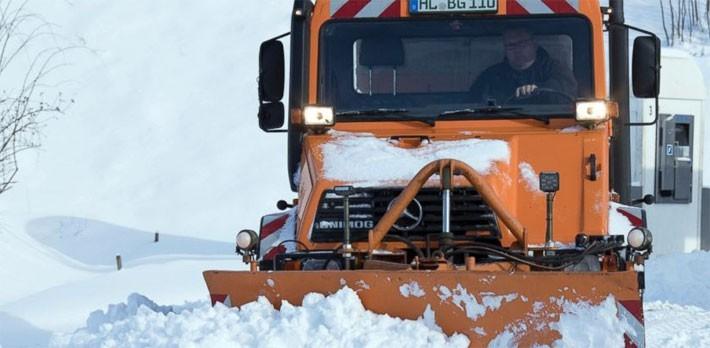 Hình ảnh siêu bão tuyết phủ trắng châu Âu - ảnh 10
