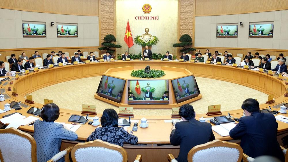 Thủ tướng nhấn mạnh vai trò quan trọng xuyên suốt của ổn định kinh tế vĩ mô đối với tạo nền tảng phát triển bền vững, tạo môi trường điều kiện thuận lợi thúc đẩy sản xuất kinh doanh. Ảnh: Hiếu Nguyễn