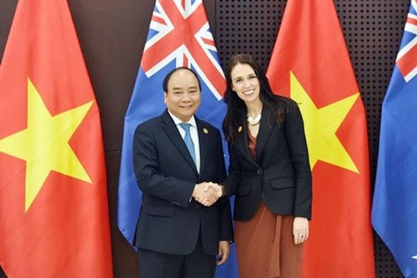 Thủ tướng Chính phủ Nguyễn Xuân Phúc và Thủ tướng New Zealand Jacinda Ardern tại Đà Nẵng. Ảnh: Quang Hiếu