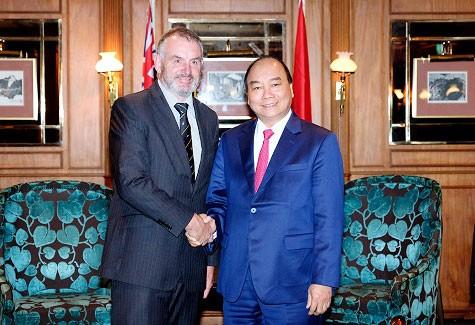Thủ tướng Nguyễn Xuân Phúc hội kiến Chủ tịch Quốc hội New Zealand. Ảnh: Quang Hiếu