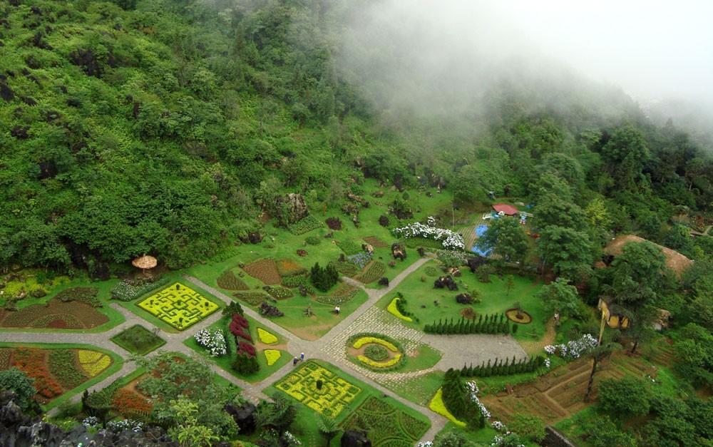 Dự án Khu du lịch sinh thái núi Hàm Rồng đã bị UBND tỉnh Lào Cai thu hồi do chậm tiến độ. Ảnh: Anh Tuấn