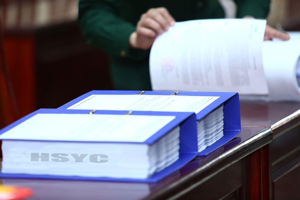 Tình trạng tìm cách trì hoãn đến gần thời điểm đóng thầu mới bán HSYC là chiêu trò mà không ít bên mời thầu sử dụng để cản trở nhà thầu mua hồ sơ. Ảnh: Gia Khoa