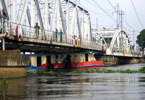 Dự án cầu đường sắt Bình Lợi và cải tạo luồng sôngSài Gòn sẽ hoàn thành vào cuối năm nay. Ảnh:An Nhơn.